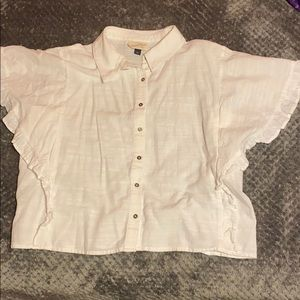 Kind of cropped blouse with buttons